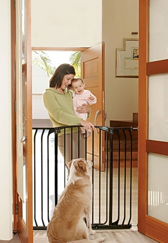 Bindaboo Extra Tall Hallway Pet Gate Black B1124