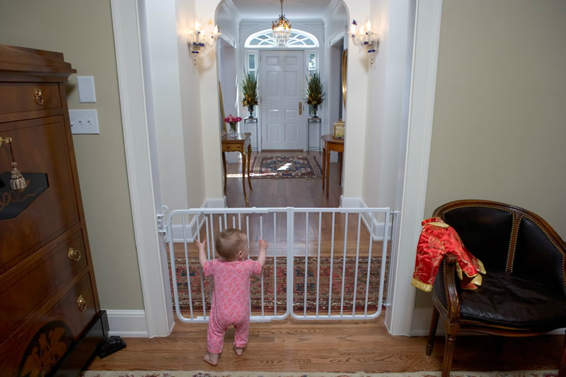 autolock baby gate with inch ext u2013 white 48 to inches