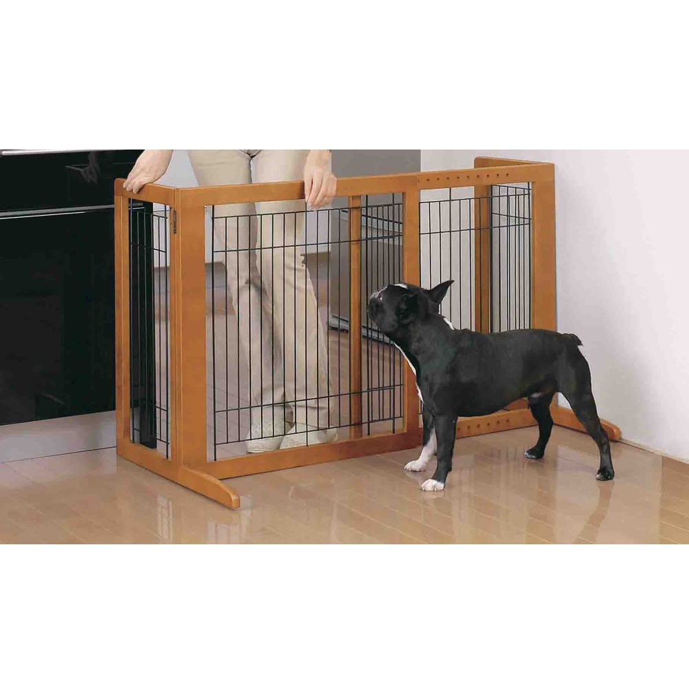 94146_freestnading_pet_gate_hs_dog