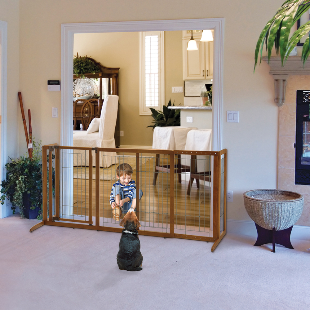 Deluxe Freestanding Pet Gate With Door Medium U2013 Brown (61.8 To 90W,28.1H)